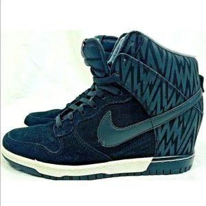 Nike hidden wedge sneakers size 7.5 sky high black